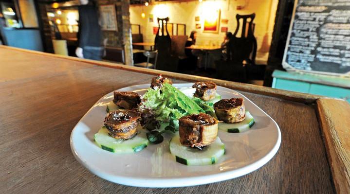 Best vegetarian restaurants Richmond, VA - Ipanema Cafe